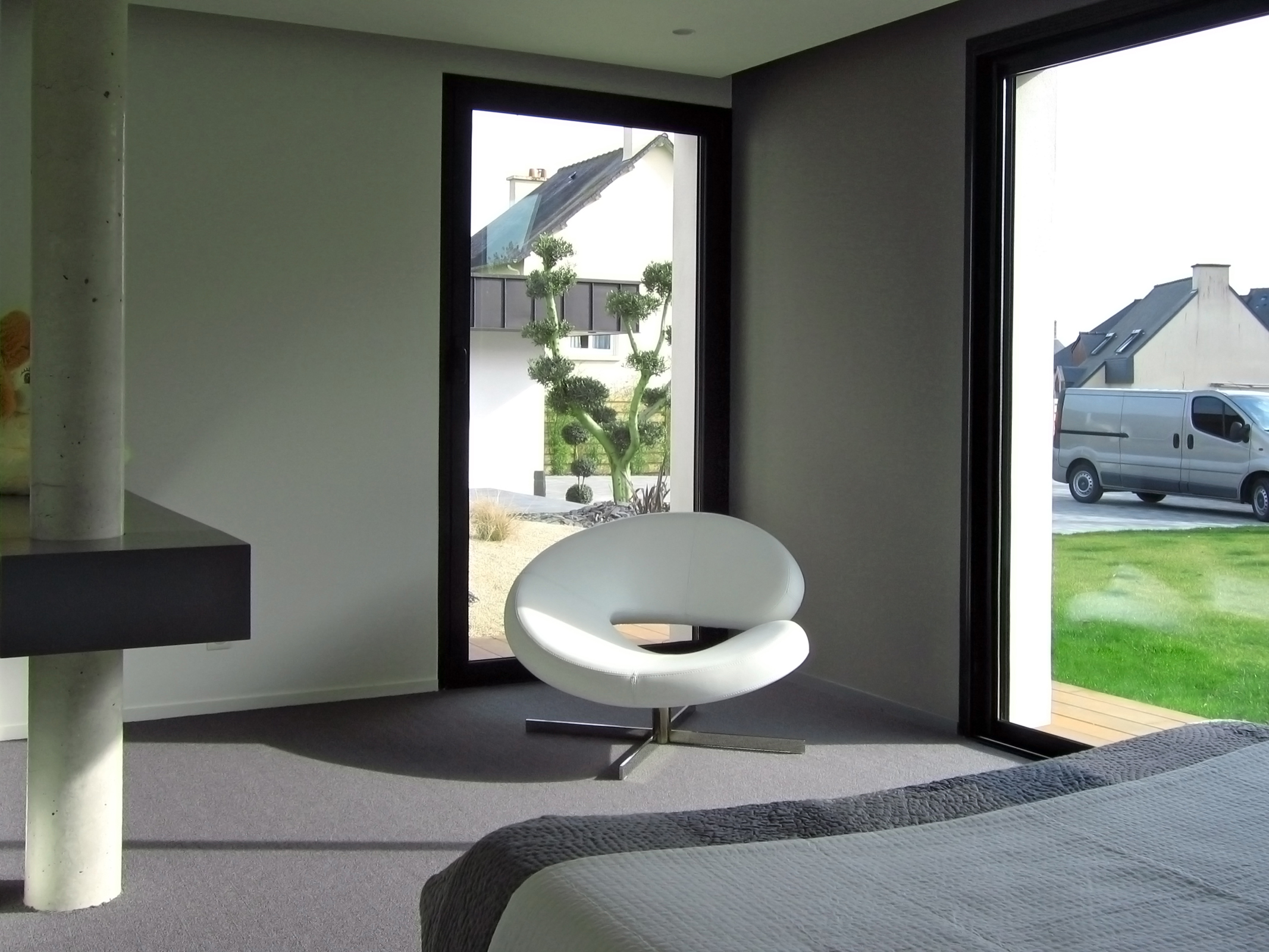 amenagement interieur maison maison moderne. Black Bedroom Furniture Sets. Home Design Ideas