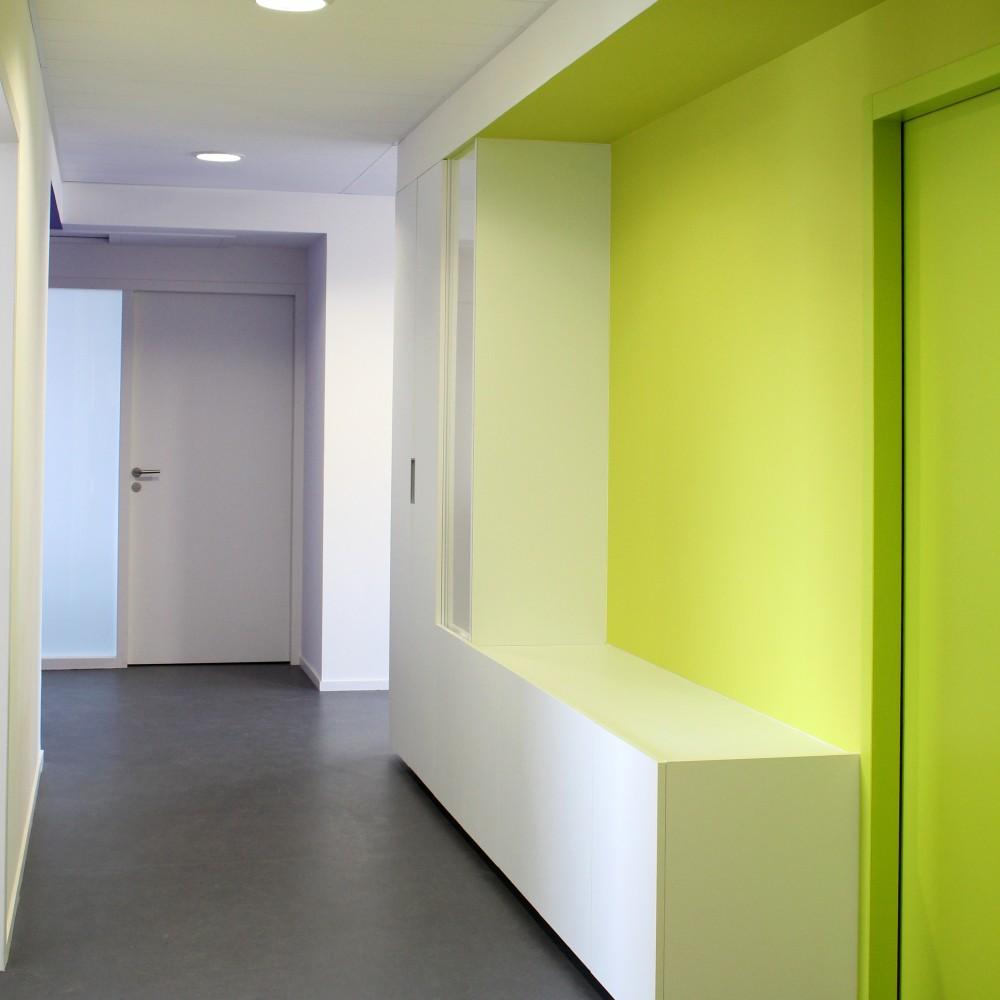 detail-integration-mobilier-design-laque-couleur-hillion