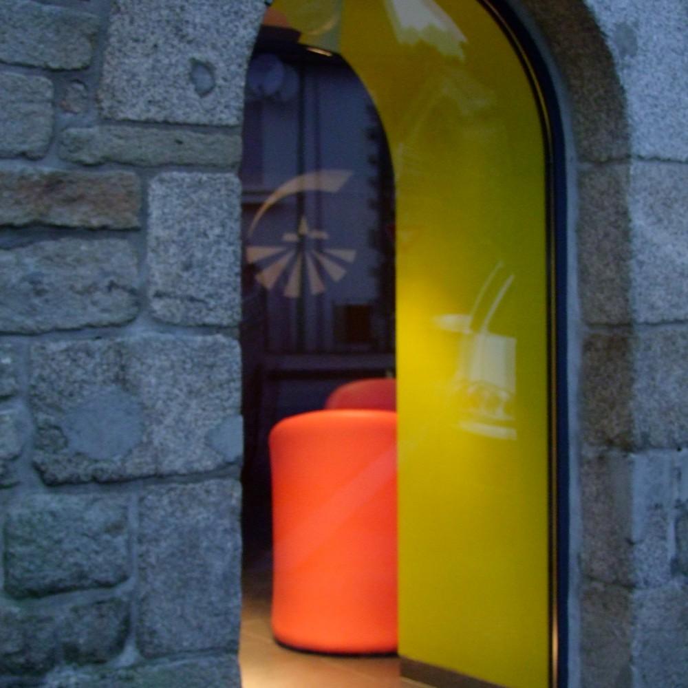 detail-jambage-couleur-eclairage-vitrine