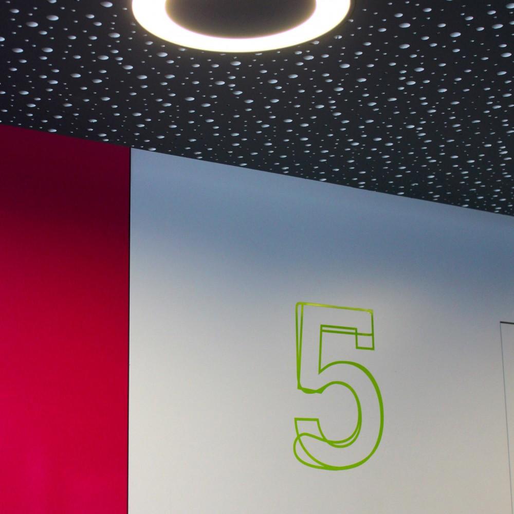 detail-plafond-knauf-delata-aleatoire-downuts-modular-club6