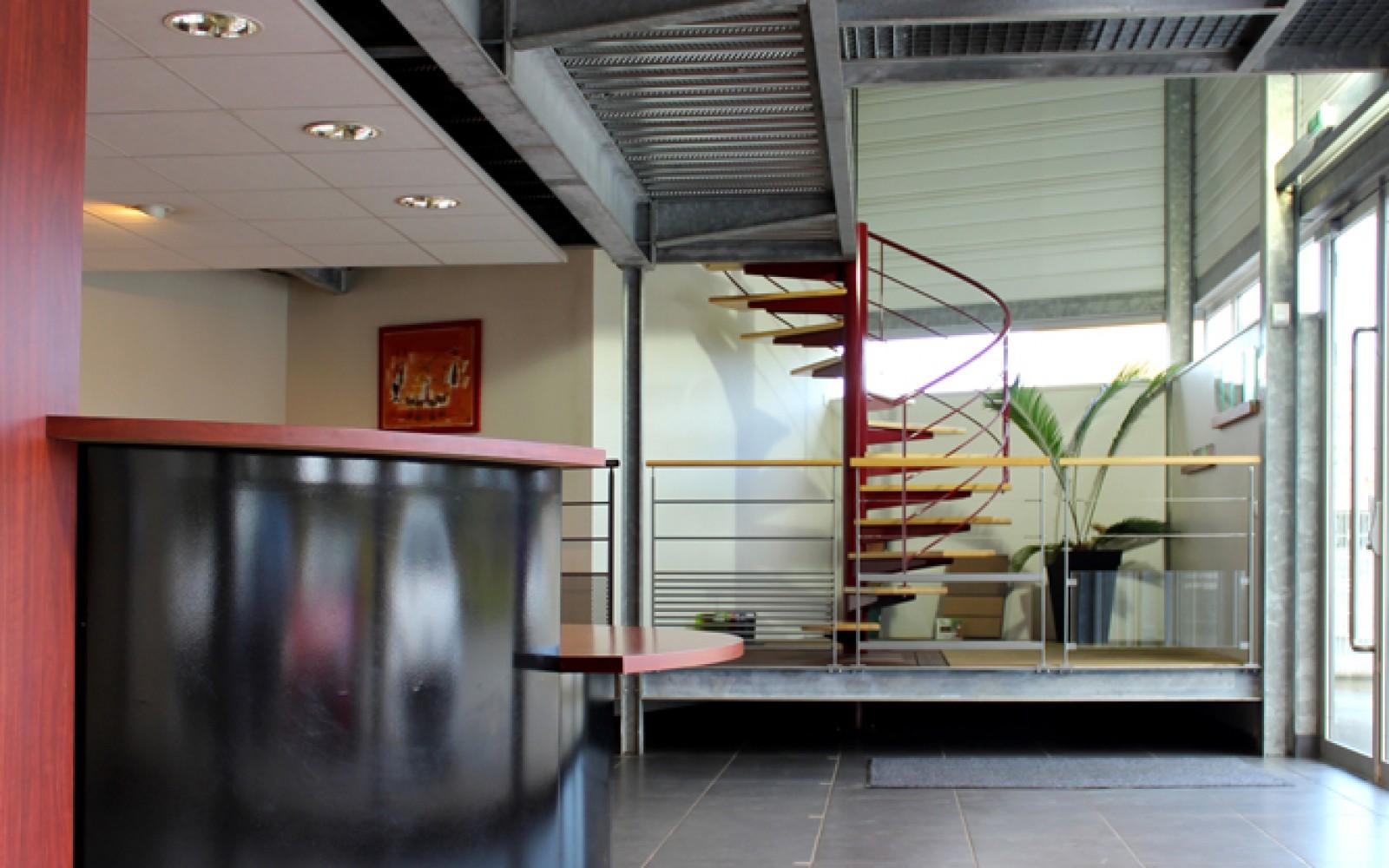 extension-creation-salle-exposition-langueux-interieur-07-02